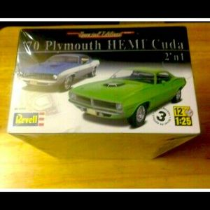 Revell Special Edition Model Car Kit -Sealed